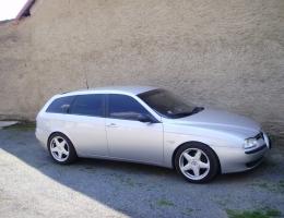 Alfa Romeo 156 combi s instalovanymi protislunecnimi autofoliemi Llumar AT5,15