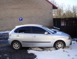Seat Ibiza instalace protislunecni autofolie Llumar AT5,15GR