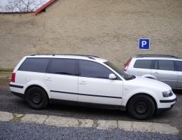 VW Passat B6 combi instalace protislunecni autofolie Llumar na autosklo